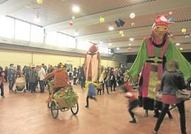 Los quintos del 99 colaboran en la programación festiva de Carnaval