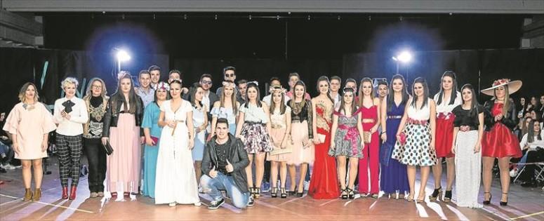 Los estudiantes de 4º de ESO recaudan fondos para su viaje de estudios